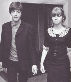 jane_asher_paul_mccartney